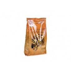 Конфеты FINE FOOD молочные с цельным орехом, 600г, 1 штука
