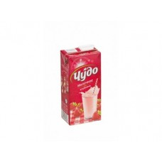 Молочный напиток ЧУДО стерилизованный клубника, 2% 950г, 1 штука