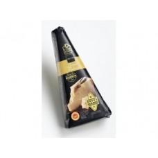 Сыр Грана Падано FINE FOOD FINESTRO, выдержка более 20 месяцев, 250г, 1 штука