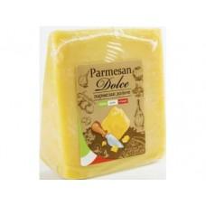 Сыр твердый Пармезан DOLCE, 1 кг