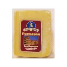 Сыр твердый Пармезан ЗОЛОТО ЕВРОПЫ, ~ 300 г, 1 кг